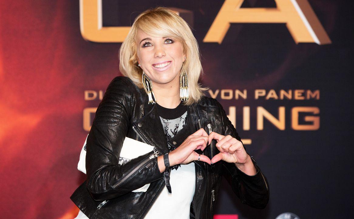 Hunger-Games-Catching-Fire-Deutschland-Premiere-12-dpa - Bildquelle: dpa