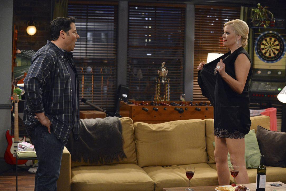 Bonnie (Melissa Peterman, r.) glaubt, dass Ray (Greg Grunberg, l.) sie noch liebt. Doch hat sie damit wirklich Recht? - Bildquelle: Eric McCandless ABC Family