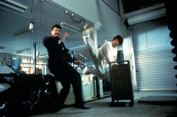 Terroristen haben einen Atomsprengkopf entwendet und planen nun Erpressungen in großem Stil. Doch da haben sie den Hongkong-Cop Jackie (Jackie Chan,... - Bildquelle: Warner Bros.