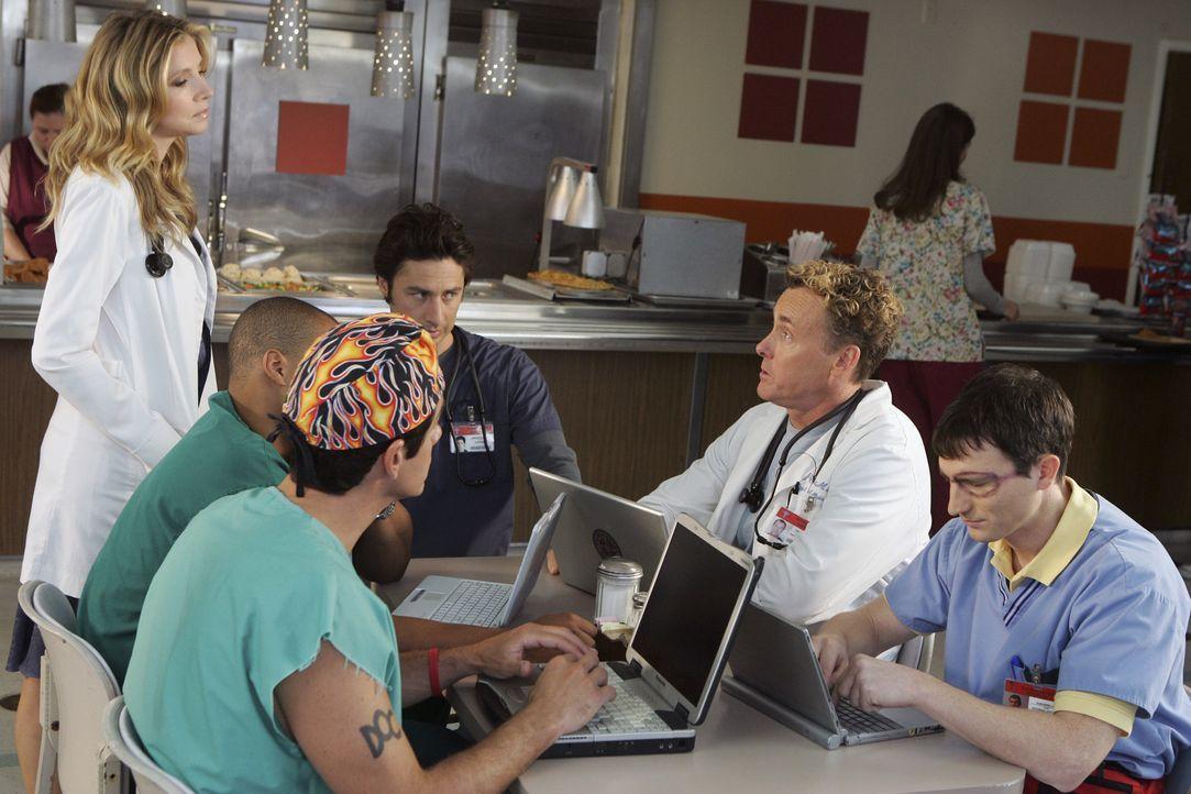 Im Krankenhaus ist ein Wettkampf entbrannt, wer der beliebteste Arzt sei: (v.l.n.r.) Todd (Robert Maschio), Turk (Donald Faison), Elliott (Sarah Cha... - Bildquelle: Touchstone Television