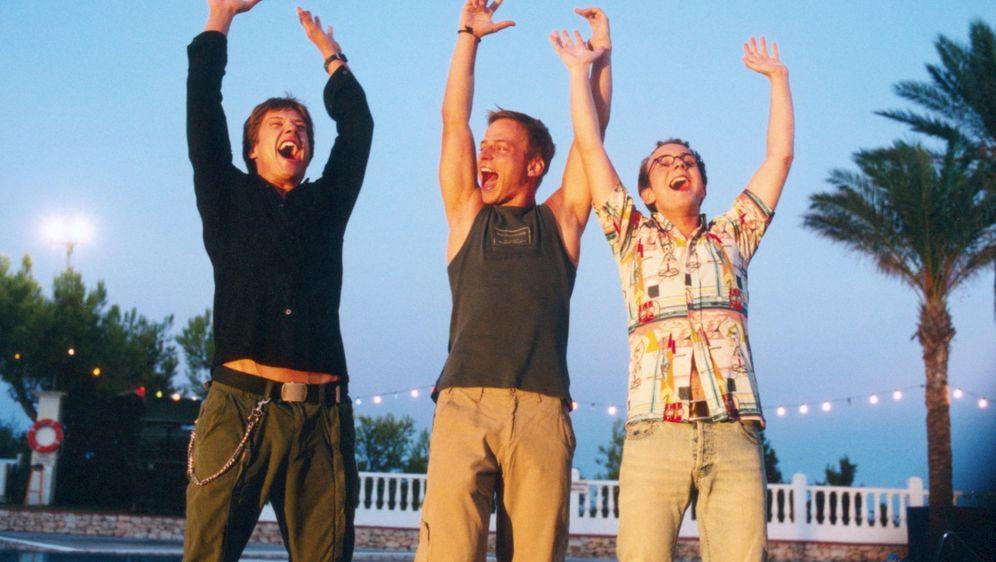Pura Vida Ibiza - Ab auf die Insel! - Bildquelle: Concorde Filmverleih GmbH