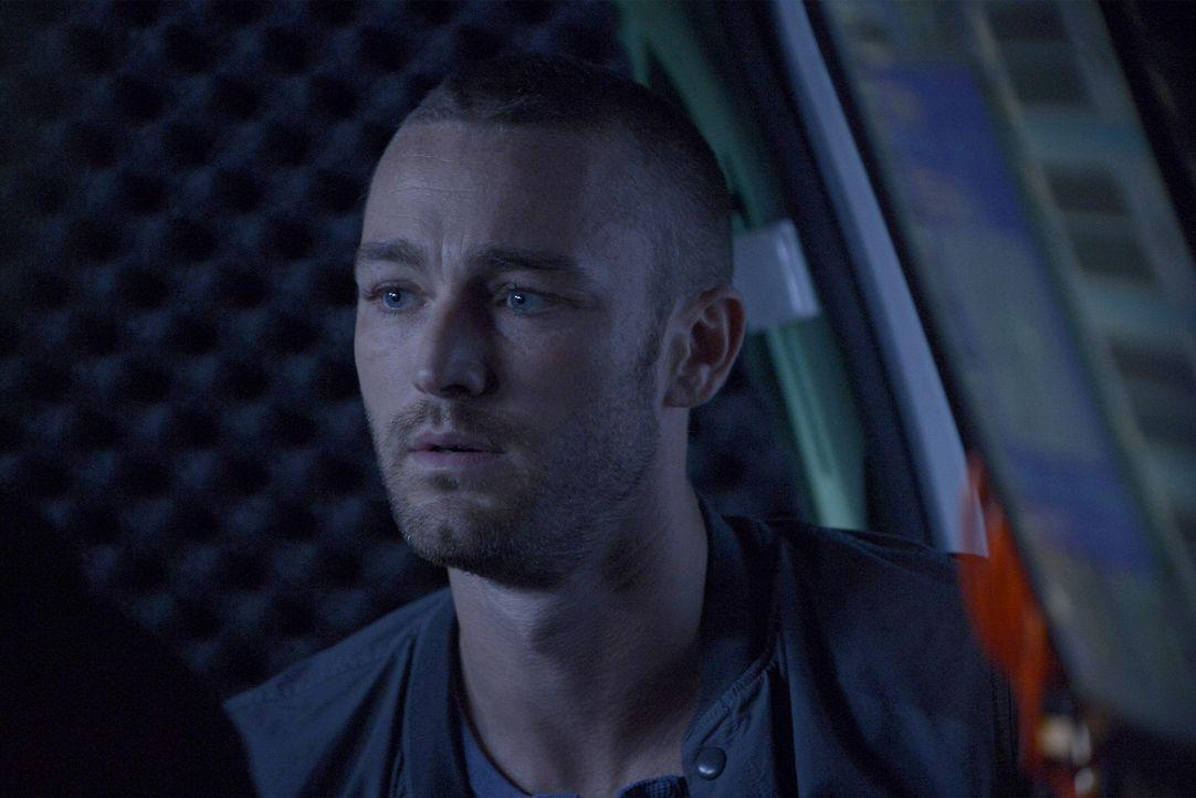 Steht Alex weiterhin zur Seite, um ihre Unschuld zu beweisen: Ryan (Jake McLaughlin) ... - Bildquelle: Philippe Bosse 2015 ABC Studios