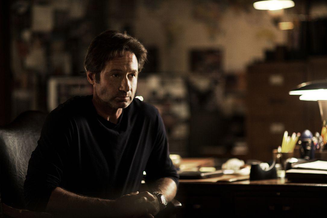 Ohne Vorwarnung wird Mulder (David Duchovny) plötzlich wieder in den Sumpf aus Intrigen, Verschwörungen und Vertuschung gezogen, die ihm bei seiner... - Bildquelle: Ed Araquel 2016 Fox and its related entities.  All rights reserved.