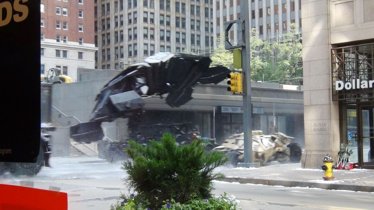 the-dark-knight-rises-set14-11-08-14-wennjpg 2000 x 1125 - Bildquelle: WENN