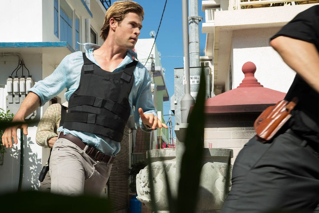 Blackhat-06-Universal-Pictures