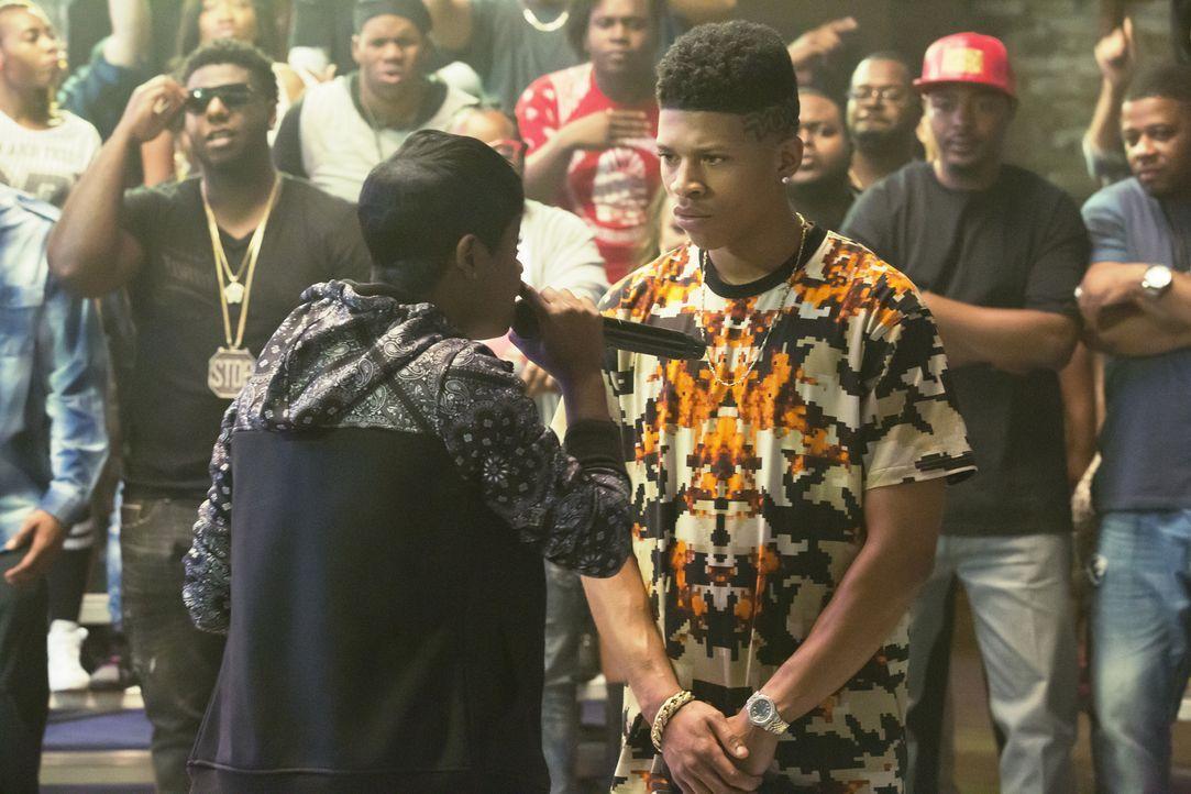 Treten bei einem Rap-Battle gegeneinander an: Freda (Bre-Z, l.) und Hakeem (Bryshere Y. Gray, r.) ... - Bildquelle: Chuck Hodes 2015-2016 Fox and its related entities.  All rights reserved.