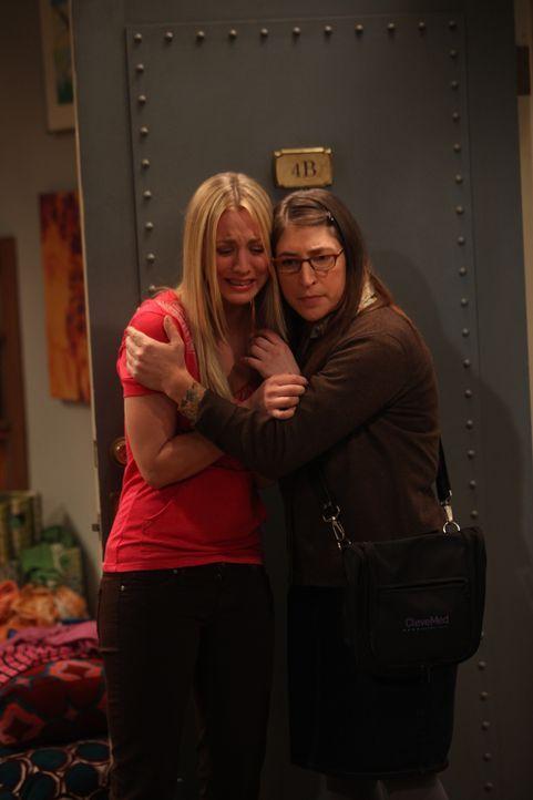 Penny (Kaley Cuoco, l.); Amy Farrah Fowler (Mayim Bialik, r.) - Bildquelle: Monty Brinton Warner Bros. Television / Monty Brinton