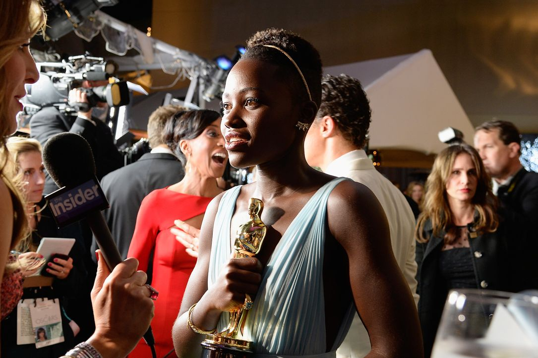 Oscars-Governors-Ball-Lupita-Nyongo-140302-3-getty-AFP - Bildquelle: getty-AFP