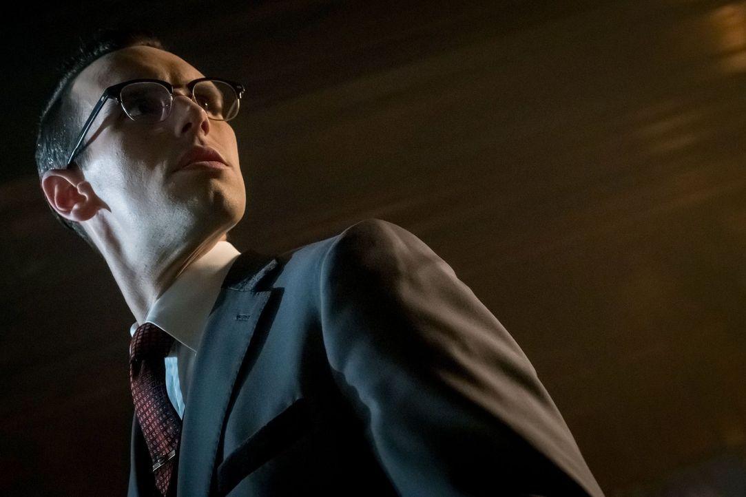 Sucht einen Mentor, der ihm zeigt, wie man ein Schurke wird: Edward Nygma (Cory Michael Smith) ... - Bildquelle: Warner Brothers