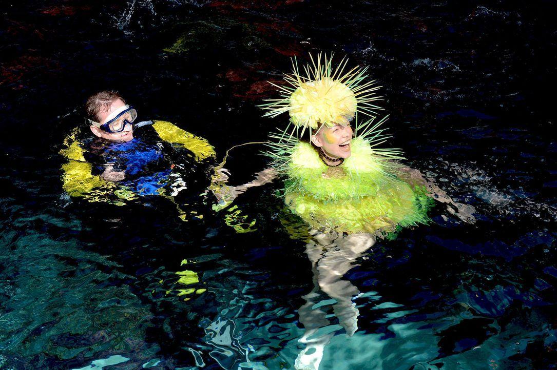 gntm-stf08-epi02-unterwasser-shooting-43-oliver-s-prosiebenjpg 2000 x 1331 - Bildquelle: Oliver S. - ProSieben