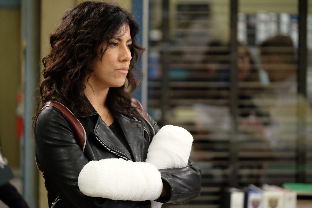 Rosa Diaz (Stephanie Beatriz) - Bildquelle: John P. Fleenor 2019 UNIVERSAL TELEVISION LLC. All rights reserved. / John P. Fleenor