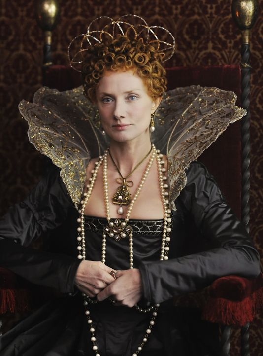 Seit Jahrzehnten regiert Queen Elizabeth I (Joely Richardson) in England. Nun entbrennt ein Kampf bei Hofe um ihre anstehende Thronfolge. Um die ein... - Bildquelle: Reiner Bajo 2011 Columbia Pictures Industries, Inc. and Beverly Blvd LLC. All Rights Reserved.