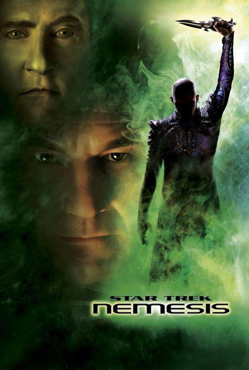 Shinzon (Tom Hardy, r.) will die Welt zerstören, doch er hat nicht mit Picard (Patrick Stewart, M.) und Data (Brent Spiner, l.) gerechnet ... - Bildquelle: Paramount Pictures