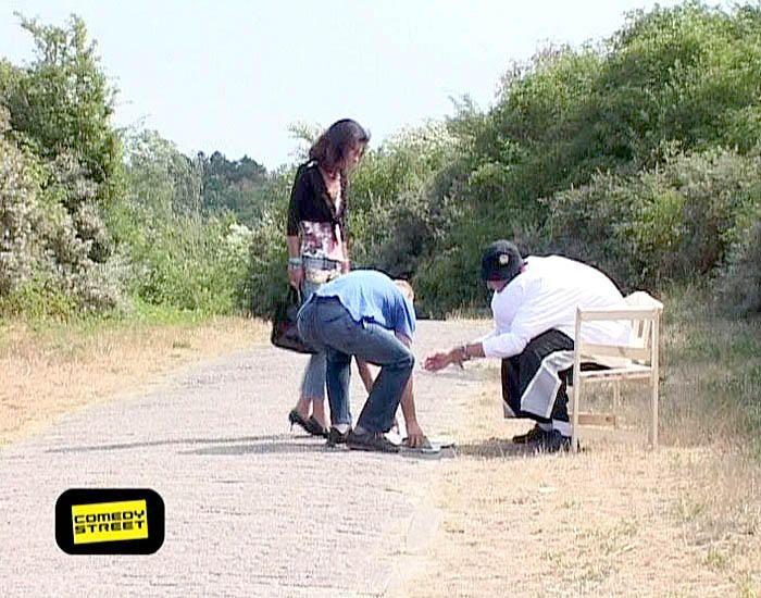 comedystreet-st-04-epi-03-grab-simon-gosejohann-07-prosiebenjpg 700 x 550 - Bildquelle: Guido Ohlenbostel ProSieben
