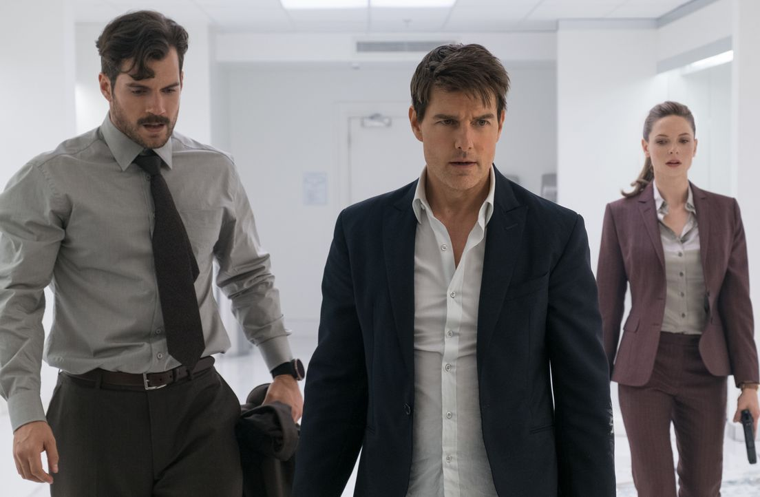 (v.l.n.r.) August Walker (Henry Cavill); Ethan Hunt (Tom Cruise); Ilsa Faust (Rebecca Ferguson) - Bildquelle: Chiabella James 2018 Paramount Pictures. All rights reserved. / Chiabella James