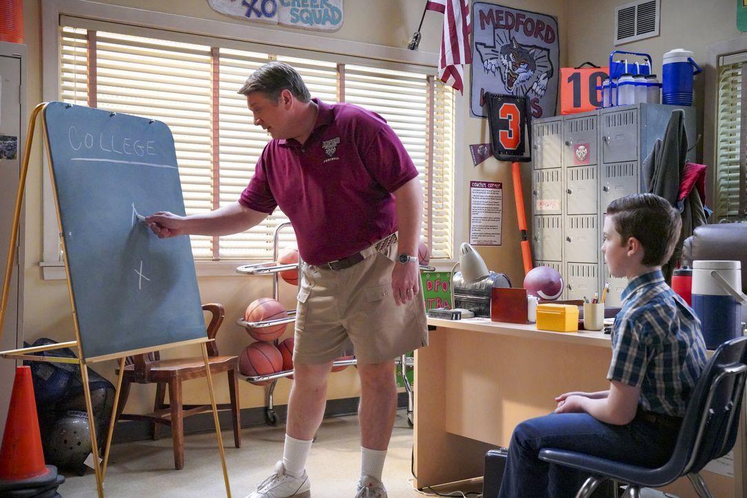 George Cooper sen. (Lance Barber, l.); Sheldon (Iain Armitage, r.) - Bildquelle: 2020 Warner Bros. Entertainment Inc. All Rights Reserved.