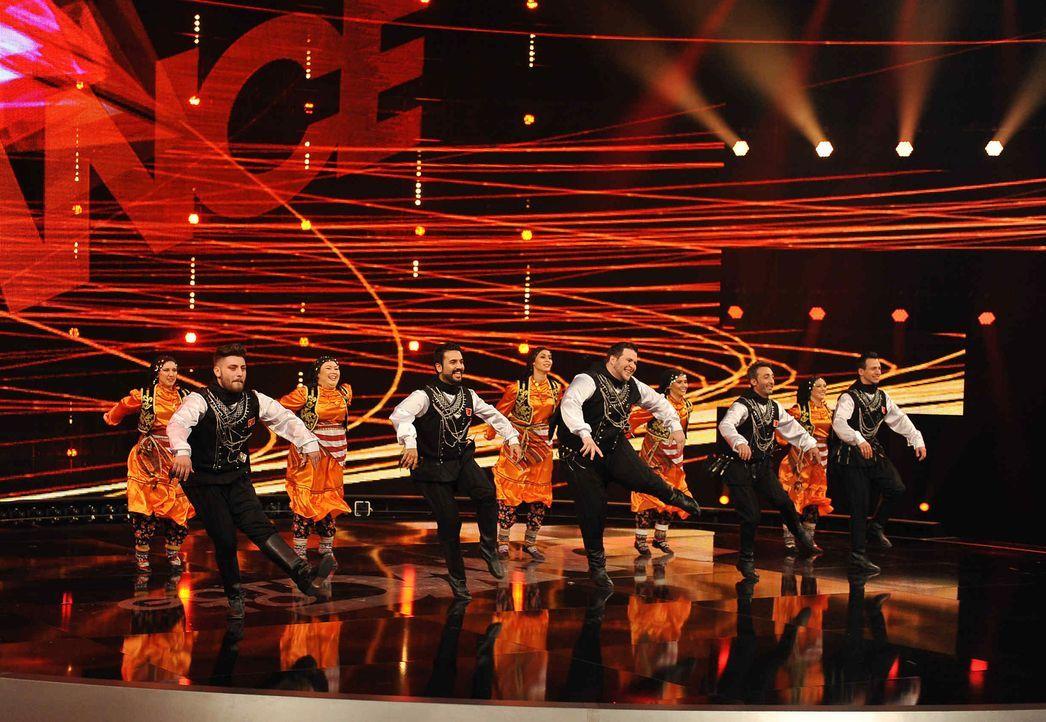Got-To-Dance-BEM-Folkdance-02-SAT1-ProSieben-Willi-Weber - Bildquelle: SAT.1/ProSieben/Willi Weber