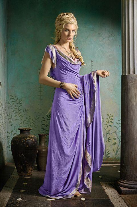 Glabers Ehefrau Ilithyia (Viva Bianca) ist die Tochter des Senators Albinius. Mit dessen Hilfe will sie eine Scheidung erzwingen, um den größten Wid... - Bildquelle: 2011 Starz Entertainment, LLC. All rights reserved.