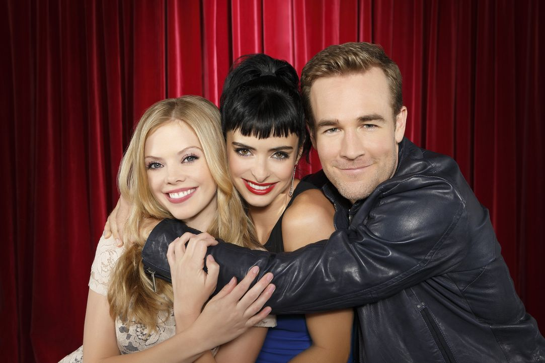(2. Staffel) - Apartment 23: James (James Van Der Beek, r.), Chloe (Krysten Ritter, M.) und June (Dreama Walker, l.) ... - Bildquelle: 2012 American Broadcasting Companies. All rights reserved.
