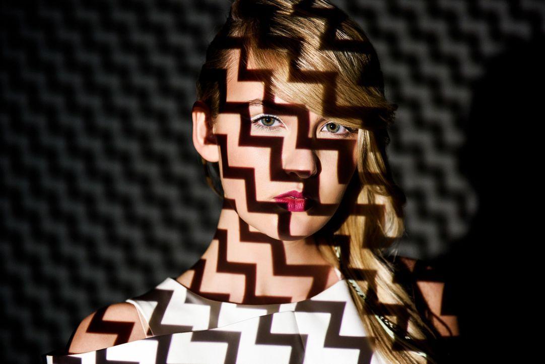 GNTM-Online-Shooting-Top24-Laura-B-05-ProSieben-Martin-Bauendahl - Bildquelle: ProSieben/Martin Bauendahl