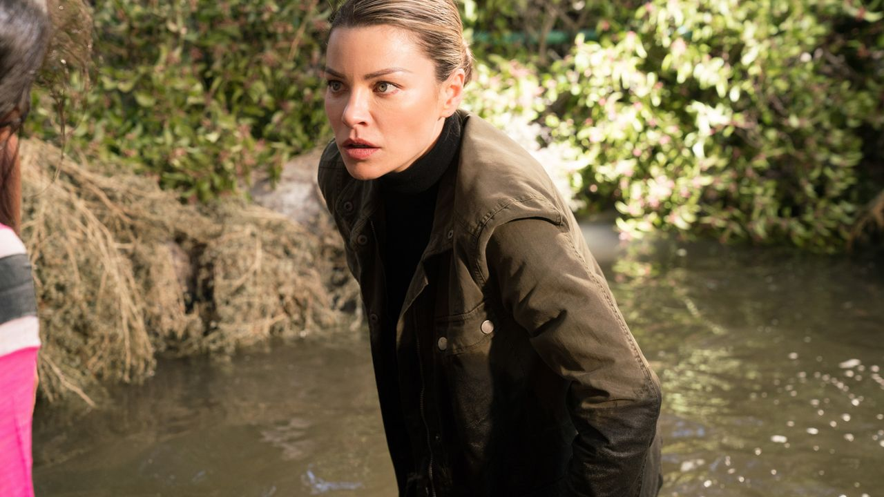 Chloe (Lauren German) - Bildquelle: Michael Desmond 2017 Fox Broadcasting Co./Michael Desmond
