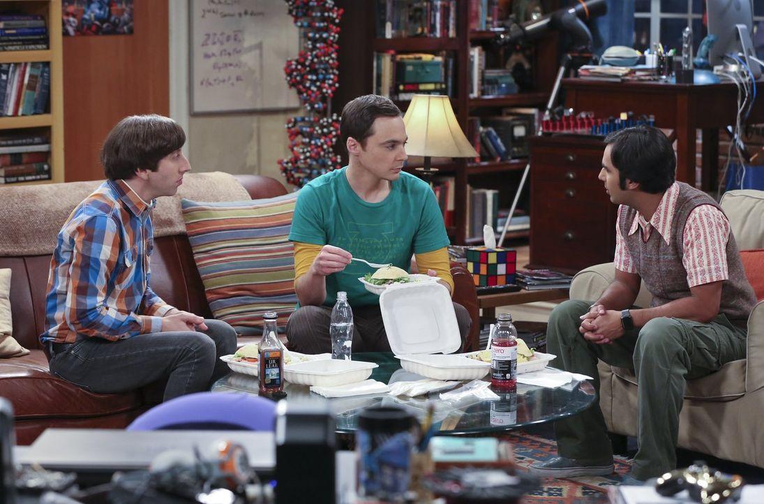 Sheldon (Jim Parsons, M.) hat beschlossen, das Kapitel Amy endgültig abzuhaken und sich eine neue Freundin zu suchen. Raj (Kunal Nayyar, r.) und How... - Bildquelle: 2015 Warner Brothers