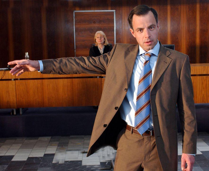 Eines Tages wird der eiskalte und hoch begabte Anwalt Tom Kant (Felix Eitner), der es gewohnt ist, souverän seine Prozesse zu gewinnen, Opfer seine... - Bildquelle: Elke Werner ProSieben