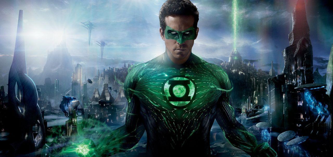 Die neuen Kräfte, mit denen Hal Jordan alias Green Lantern (Ryan Reynolds) Dank der grünen Kraft des Willens, in Berührung kommt, stellen ihn vor ei... - Bildquelle: Warner Bros.