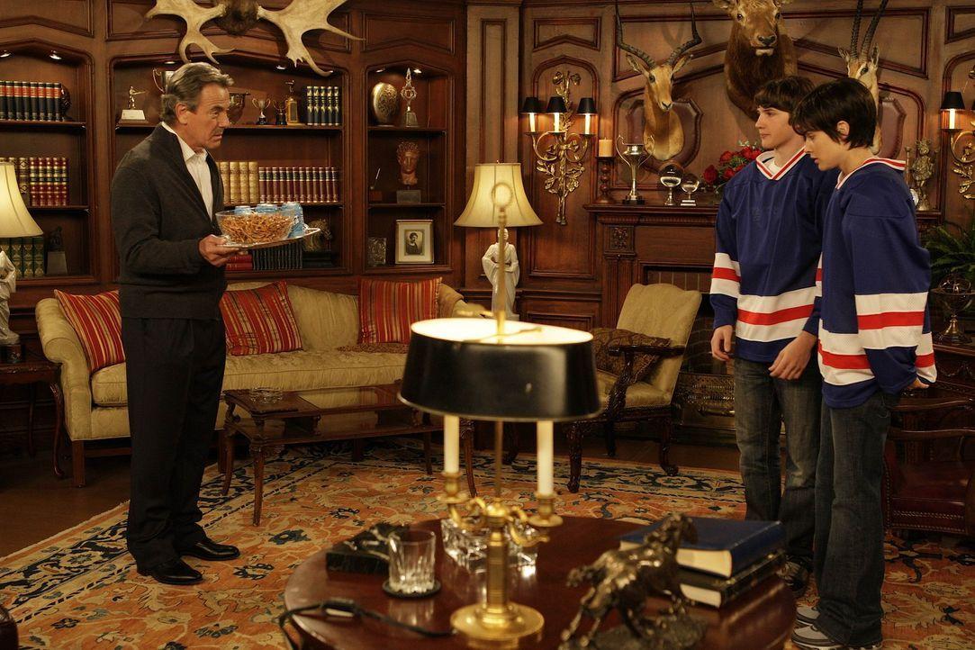 Rückblick: Robins (Cobie Smulders, r.) Vater hat sie seit dem Tag ihrer Geburt immer wieder unter Druck gesetzt, da er eigentlich einen Sohn (Eric... - Bildquelle: 20th Century Fox International Television