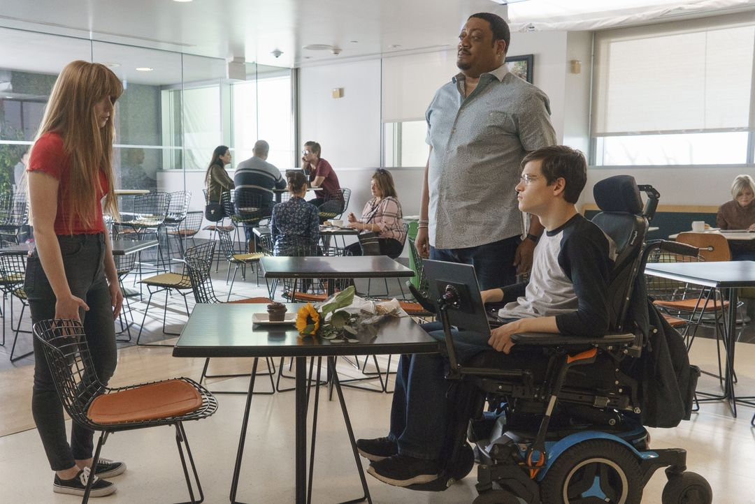 (v.l.n.r.) Lauren (Juliette Angelo); Kenneth (Cedric Yarbrough); JJ DiMeo (Micah Fowler) - Bildquelle: 2017-2018 American Broadcasting Companies. All rights reserved.