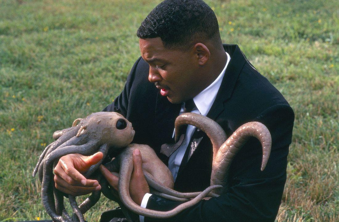 Nicht alle Aliens stellen eine Gefahr für die Welt dar. Agent J (Will Smith) hat den Auftrag, nur die Unerwünschten zu vernichten ... - Bildquelle: Columbia TriStar