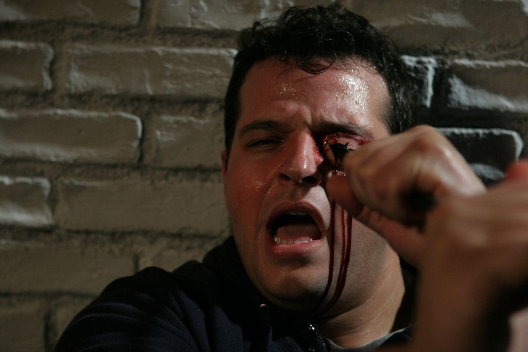 Das ging ins Auge: Freddie (Daniel Franzese) ... - Bildquelle: After Dark Films. All Rights Reserved.