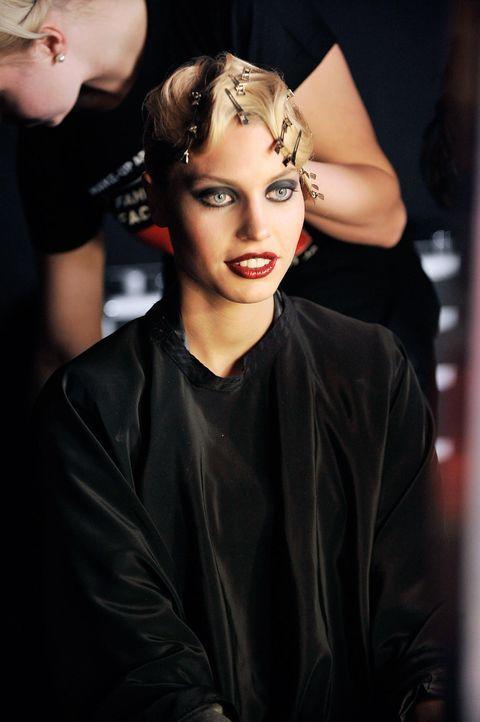 germanys-next-topmodel-stf07-epi01-modenschau-backstage-15-oliver-s-prosiebenjpg 1324 x 1990 - Bildquelle: Oliver S. - ProSieben