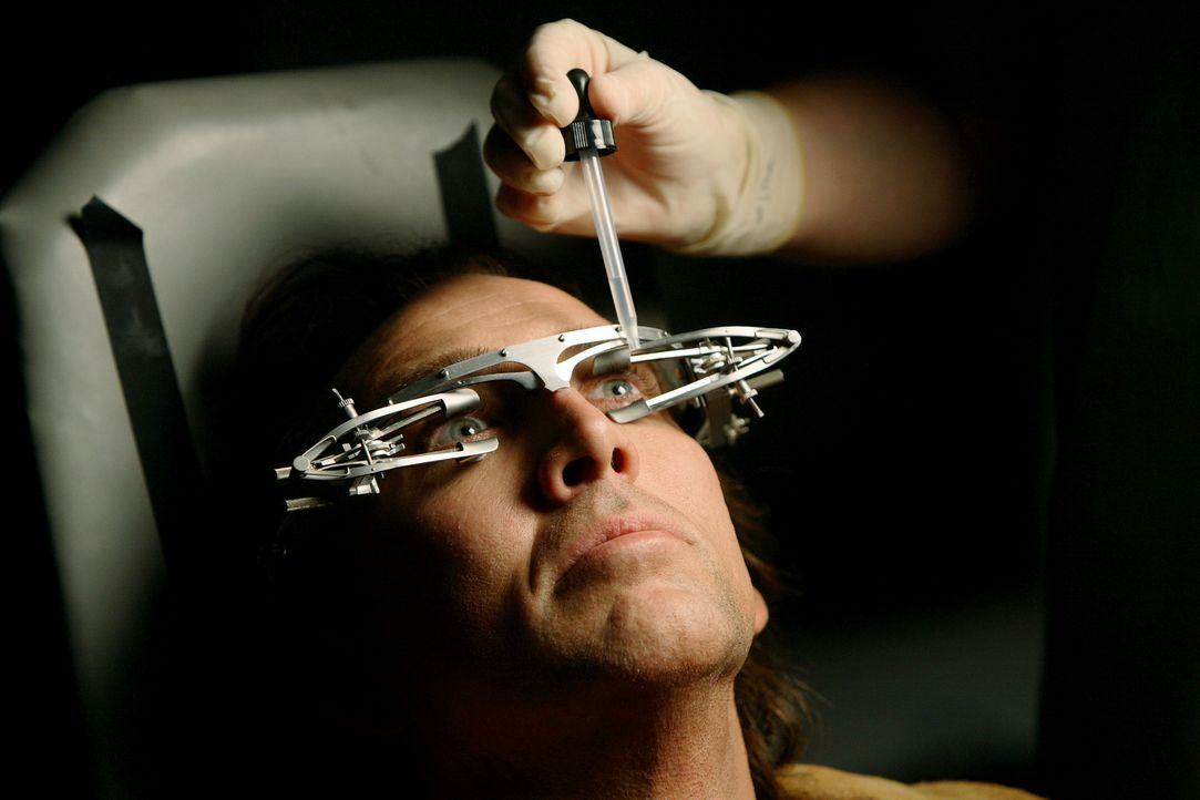Cris Johnson (Nicolas Cage), ein Zauberer aus Las Vegas, hat eine besondere Gabe, die ein Segen und Fluch zugleich ist: Er kann voraussagen, was als... - Bildquelle: t   2007 Paramount pictures. All Rights Reserved.
