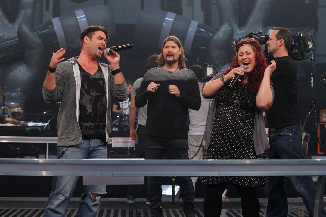 battle-sebastian-vs-karo-04-the-voice-of-germany-huebnerjpg 2160 x 1440 - Bildquelle: SAT.1/ProSieben/Richard Hübner