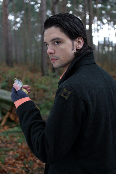 Auf Monsterjagd: Connor (Andrew Lee Potts) ... - Bildquelle: ITV Plc