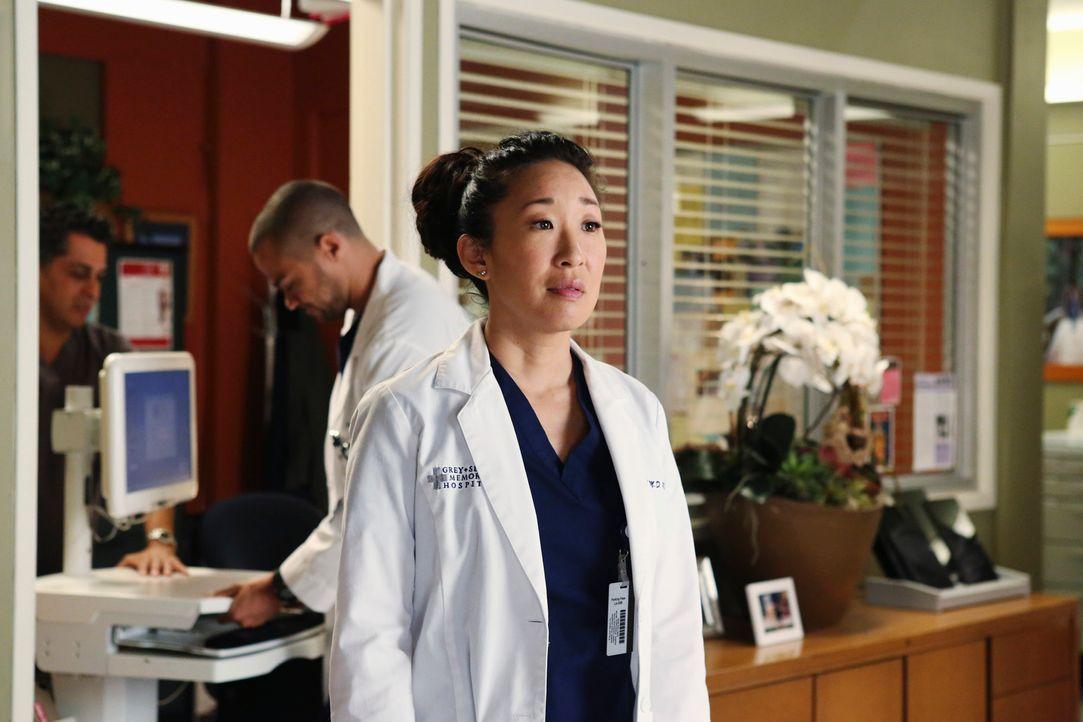 """Ein Patient bringt Cristina (Sandra Oh) dazu, sich über ihr Leben Gedanken zu machen und sich die Frage zu stellen """"Weißt du, wer du bist?"""" - Bildquelle: ABC Studios"""