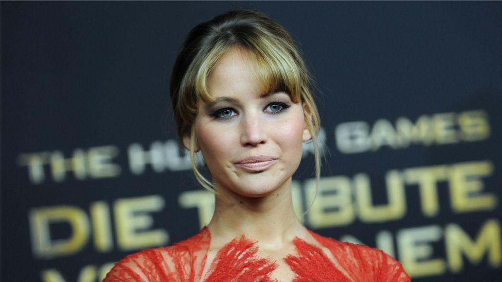 Jennifer Lawrence - Bildquelle: Britta Pedersen dpa