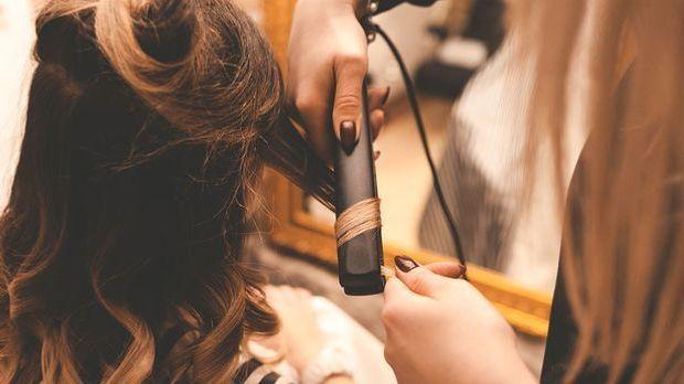 Lockenstab und Co. - die Stylingtools für lockiges Haar