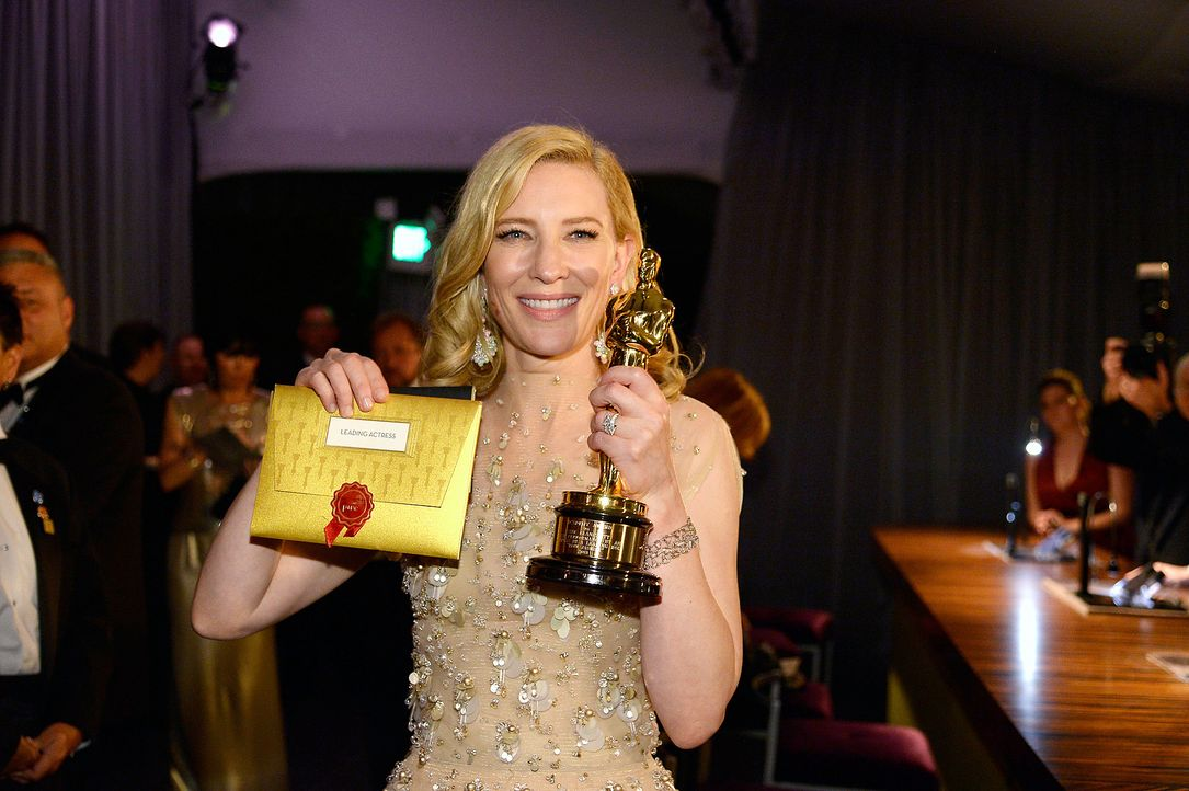 Oscars-Governors-Ball-Cate-Blanchett-140302-2-getty-AFP - Bildquelle: getty-AFP