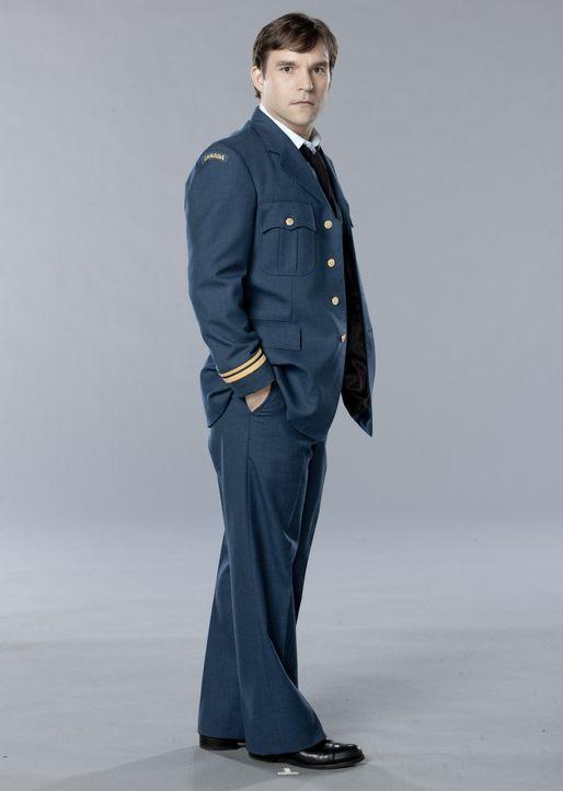 (1. Staffel) - Unterstützt wird das Team von Lieutenant Ken Leeds (Geoff Gustafson), dem ehemaligen Chef der mittlerweile aufgelösten Regierungsbe... - Bildquelle: Kharen Hill