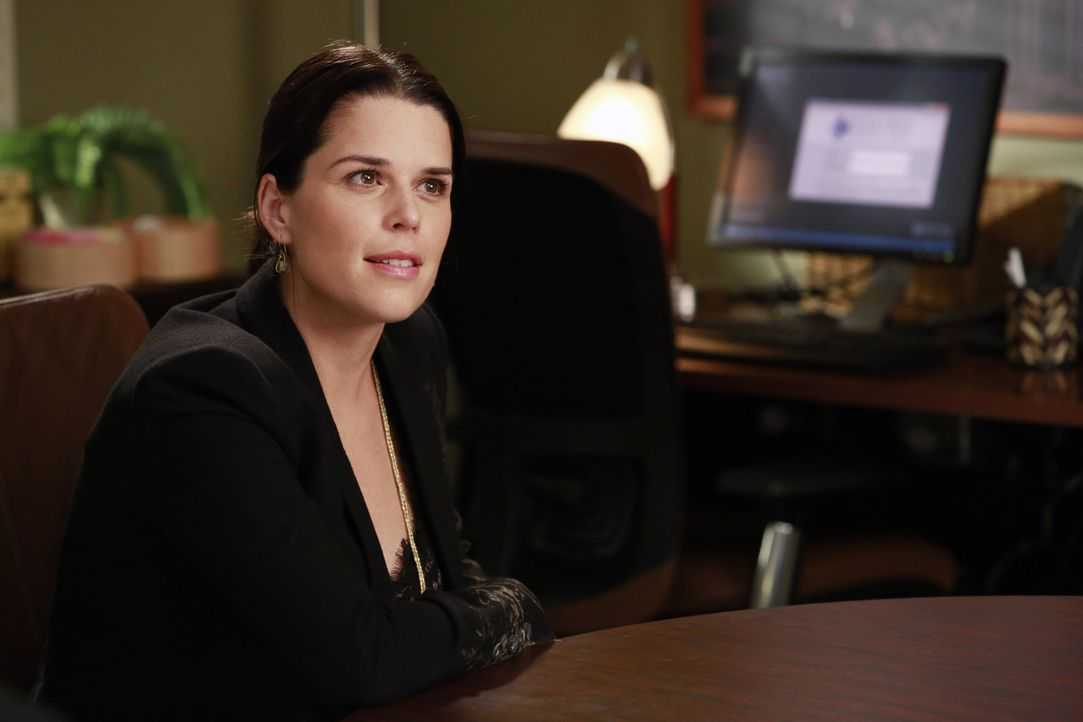 Während Webber, Bailey durch die Phase der kalten Füßen hilft, sagt Dereks Schwester Lizzie (Neve Campbell) ihre Meinung ... - Bildquelle: ABC Studios