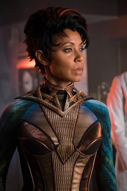 Wurde von Dr. Strange wieder zum Leben erweckt: Fish Mooney (Jada Pinkett Smith) ... - Bildquelle: Warner Brothers