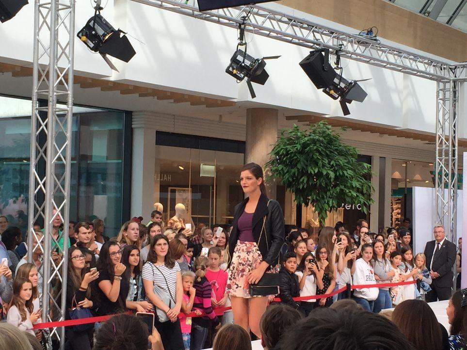 Fashionshow_Vanessa 1 - Bildquelle: ProSieben
