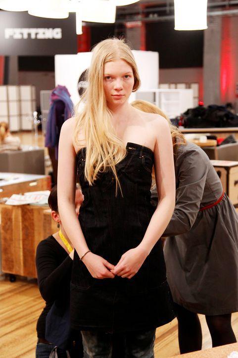 Fashion-Hero-Epi02-Fashionshowdown-06-ProSieben-Richard-Huebner - Bildquelle: ProSieben / Richard Huebner