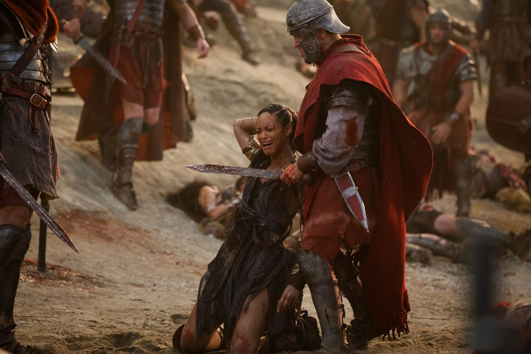Muss mit ansehen, wie Crixus enthauptet wird: Naevia (Cyntha Addai-Robinson) ... - Bildquelle: 2012 Starz Entertainment, LLC. All rights reserved.