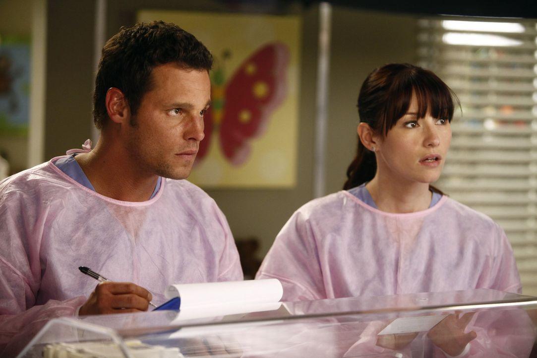 Eine Explosion sorgt in einem Cafe für einen arbeitsreichen Tag in der Notaufnahme, während Lexie (Chyler Leigh, r.) gemeinsam mit Alex (Justin Ch... - Bildquelle: ABC Studios