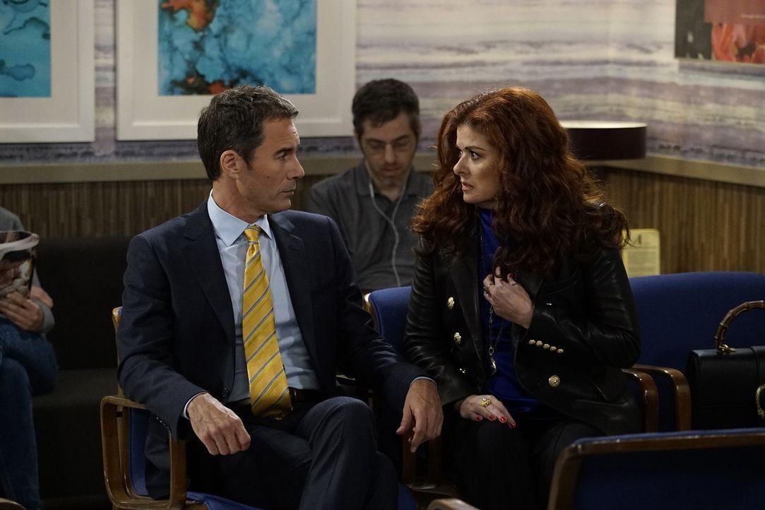 Ihre Geschäftsbeziehung stellt die Freundschaft von Will (Eric McCormack, l.) und Grace (Debra Messing, r.) auf eine harte Probe ... - Bildquelle: Chris Haston 2017 NBCUniversal Media, LLC