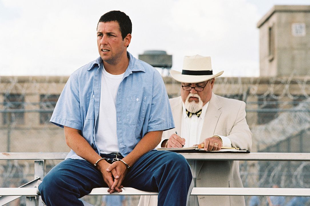 Eigentlich will Paul Crewe (Adam Sandler) im Knast seine Ruhe haben, aber es kommt anders: Der Gefängnisdirektor Warden Hazen, ein korrupter, schmi... - Bildquelle: Sony 2007 CPT Holdings, Inc.  All Rights Reserved.
