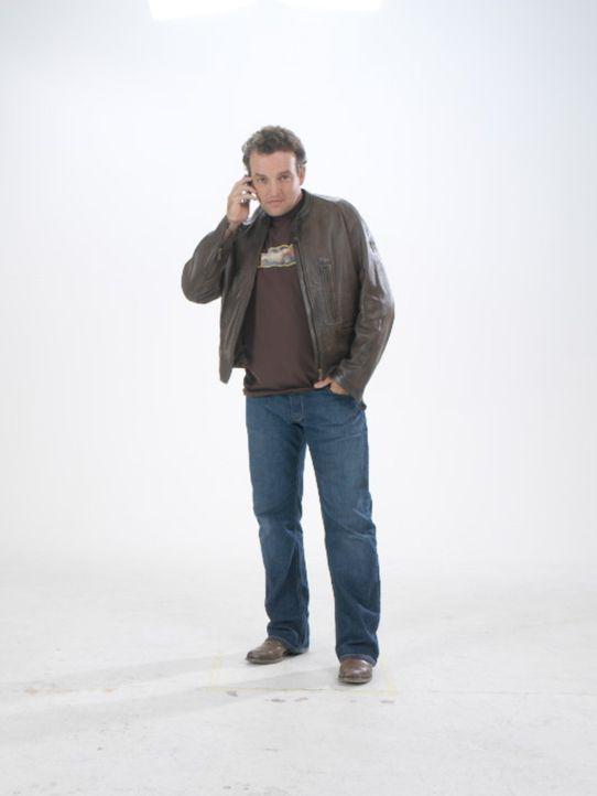 Mike Dürst (Marco Rima) aus Zürich, Angestellter einer Plattenfirma, hat Liebeskummer, denn seine Freundin ist schwanger von ihrem Ex-Freund ... - Bildquelle: Buena Vista